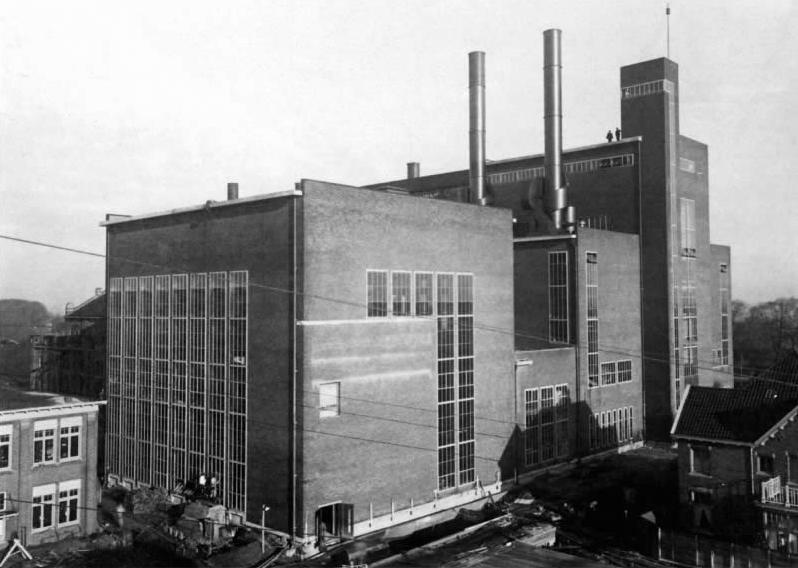 De Helpmancentrale rond 1940.